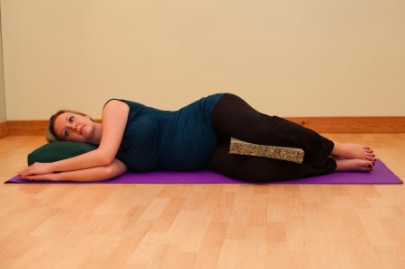 11+ Yoga Poses To Strengthen Body During Pregnancy